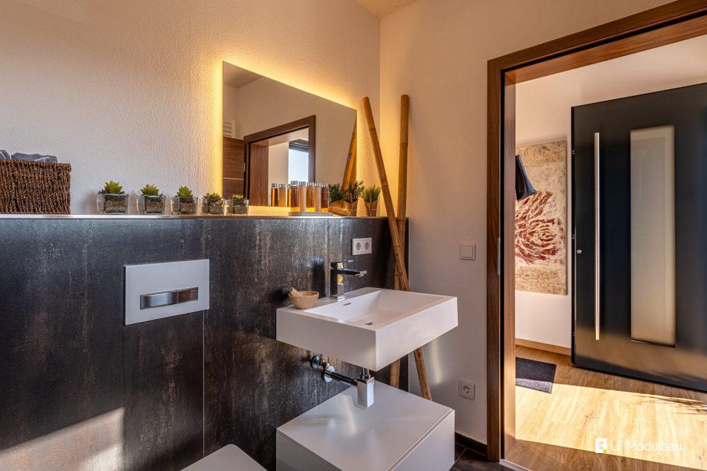 LF Home V - WC & Waschbecken